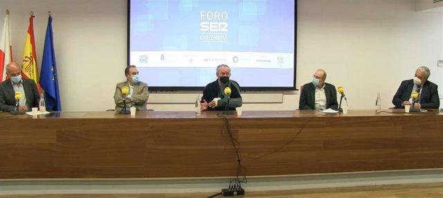 Archivo - Mesa redonda con Marcos López Hoyos, Tomás Cobo, Daniel Casanova y Havier Hernández de Sande