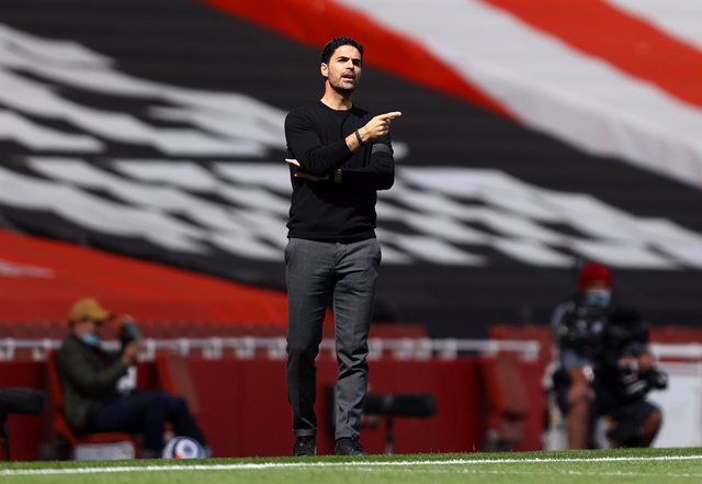 18 April 2021, United Kingdom, London: Arsenal's manager Mikel Arteta reacts on the touchline during the English Premier League soccer match between Arsenal and Fulham at the Emirates Stadium. Photo: Julian Finney/PA Wire/dpa