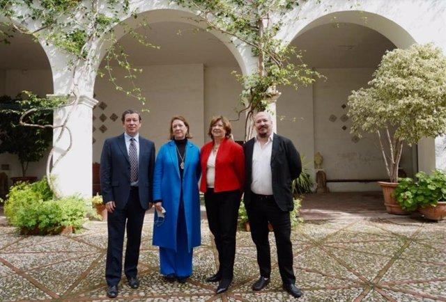 Alejandro Noguera Borel, Agnès Noguera Borel, Agnès Borel Lemonnier y Pablo Noguera Borel en la presentación de las actividades que realizará Libertas 7 con motivo de su 75 aniversario.