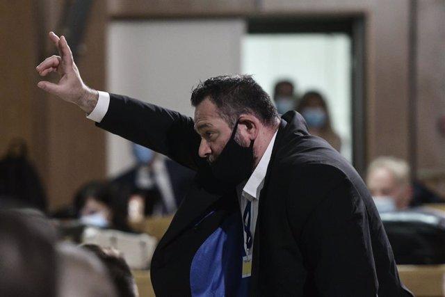 Archivo - El eurodipitado de Amanecer Dorado Ioannis Lagos durante un juicio en Atenas