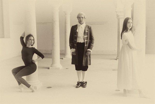 Reportaje fotográfico al elenco de 'Blanco Weiss' de Factoría Echegaray en el Museo Carmen Thyssen