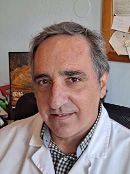 Dr Víctor Escobal, urólogo del  Hospital San Juan de Dios de Santurtzi