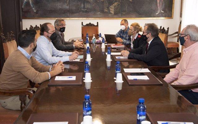 Reunión entre la Diputación y la organización Altur Hosbec