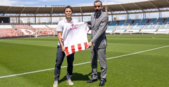 Rubi se hace cargo del Almería en busca del ascenso
