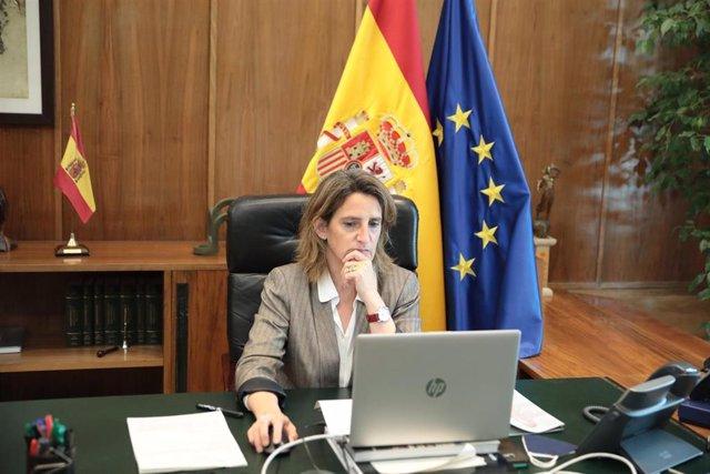 La vicepresidenta cuarta del Gobierno y ministra para la Transición Ecológica y el Reto Demográfico, Teresa Ribera, en la reunión informal de países miembros de la CCAMLR celebrada este miércoles bajo el auspicio de la Comisión Europea