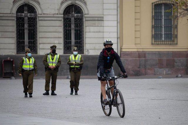 El Gobierno de Chile decreto la cuarentena total en en el área metropolitana de Chile hace un mes