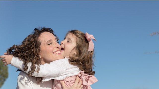 GEICAM lanza una campaña para animar a pacientes a participar en el proyecto 'Cáncer de mama y el Deseo de ser Madre'