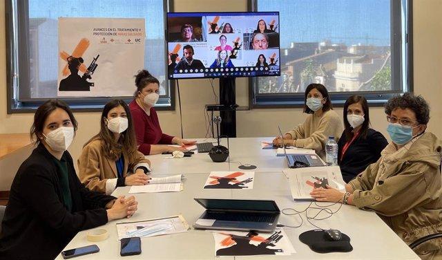 Expertos internacionales abordan en la CEU UCH los retos en la protección de las niñas soldado