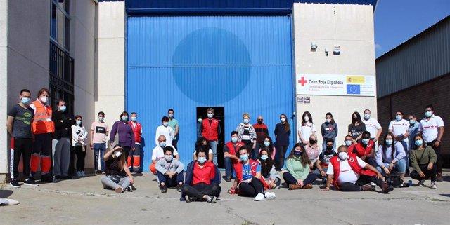 Equipo de voluntarios de Cruz Roja para la Fiesta de los Patios de Córdoba.
