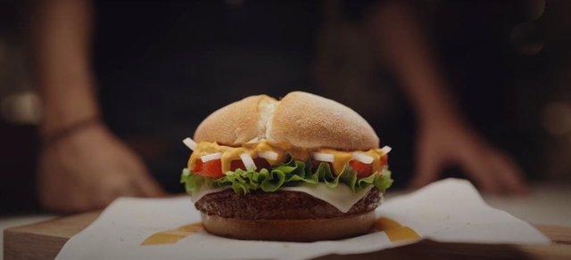 Archivo - McDonald's revela el origen local de sus ingredientes a través de una instalación temporal de sus emblemáticos tótems