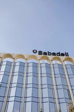 Archivo - Arxivo - Seu del banc Sabadell a Alacant, Comunitat Valenciana (Espanya).