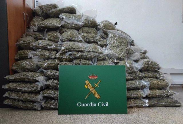 Imagen de los 179 kilos de marihuana incautada en La Jonquera (Girona)