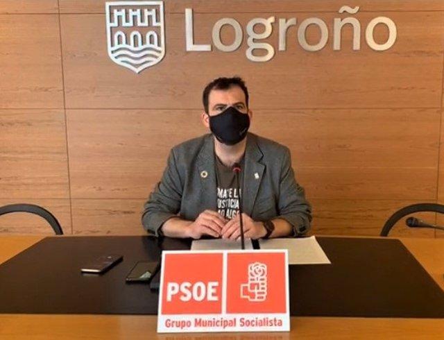 Iván Reinares, portavoz del Grupo Municipal del PSOE en el Ayuntamiento de Logroño