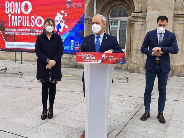 El presidente de la Diputación de Lugo, José Tomé, presenta los bonos para la hostelería y el comercio del gobierno provincial