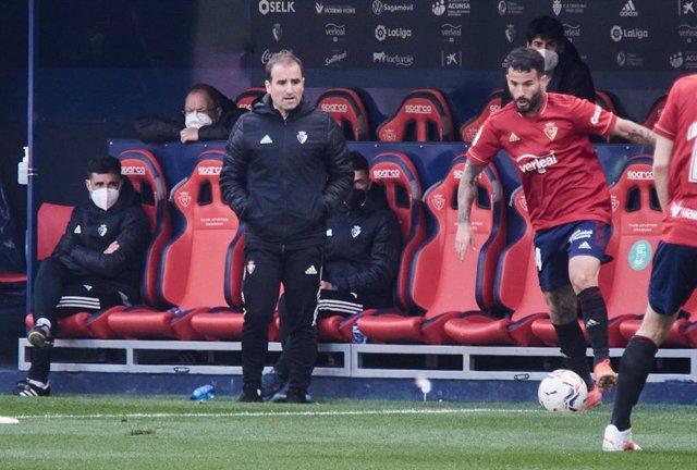 Jagoba Arrasate, coach of Osasuna, and Ruben Garcia of C.A.Osasuna during the spanish league, LaLiga, football match played between CA Osasuna v Elche CF at El Sadar Stadium on april 18, 2021 in Pamplona, Navarra, Spain.