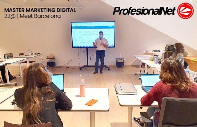 Curso estrategias de marketing digital para emprendedores