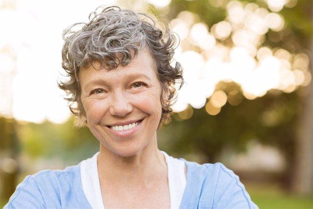 Mujer, paciente, menopausia, oftalmología