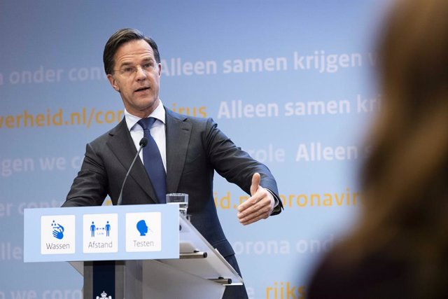 20 April 2021, Netherlands, Den Haag: Mark Rutte, Prime Minister of the Netherlands, speaks at a press conference on measures to contain the Corona pandemic. Despite persistently high infection figures, Corona measures are being relaxed in the Netherlands