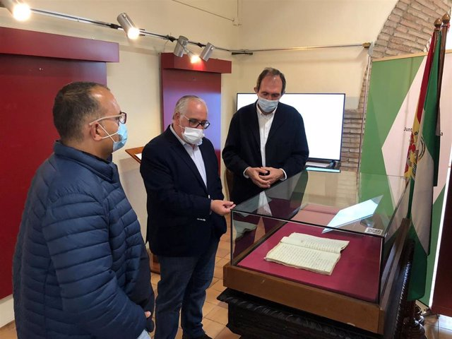 Contrato de aprendiz expuesto en el Archivo Histórico Provincial.