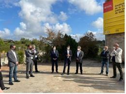 Visita del conseller Damià Calvet a las obras de mejora de la T-202 en Salomó.