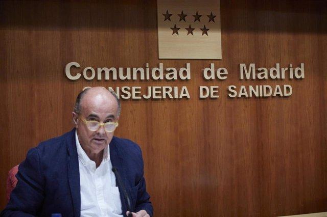 Archivo - El viceconsejero de Salud Pública y Plan COVID-19 de la Comunidad de Madrid, Antonio Zapatero, durante una rueda de prensa convocada ante los medios, en Madrid, (España), a 18 de marzo de 2021. En esta rueda de prensa se ha anunciado que más de