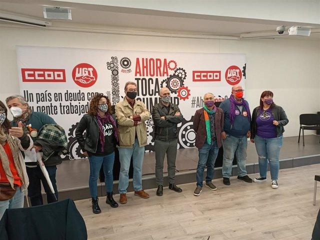 El secretario general de CCOO, Unai Sordo, y el de UGT, Pepe Álvarez, al comienzo de la rueda de prensa por el 1 de Mayo.