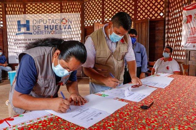 Diputación atiende a familias vulnerables en la Amazonía peruana contribuyendo a su alimentación