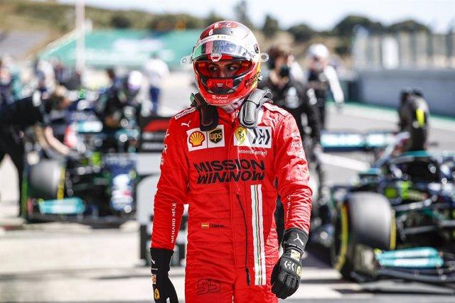 SAINZ Carlos (spa), Scuderia Ferrari SF21, portrait during the Formula 1 Heineken Grande Prémio de Portugal 2021 from April 30 to May 2, 2021 on the Algarve International Circuit, in Portimao, Portugal - Photo Xavi Bonilla / DPPI