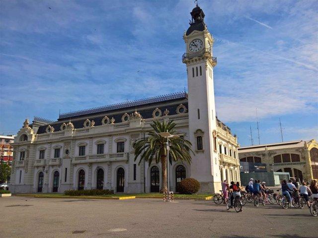 Edificio del Reloj del Puerto de València