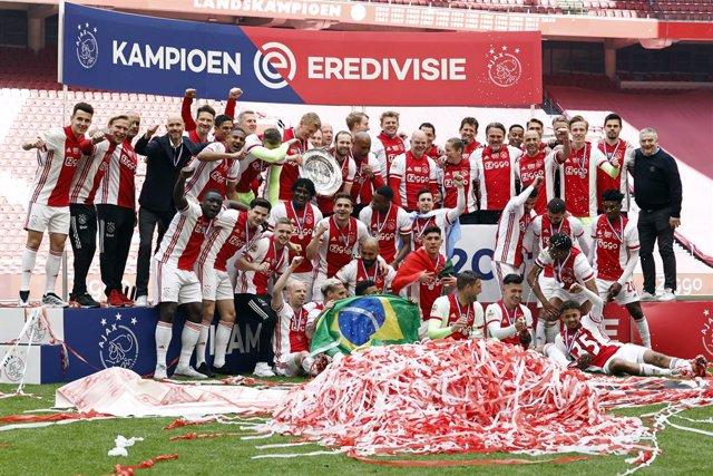 Ajax, campeón de Liga