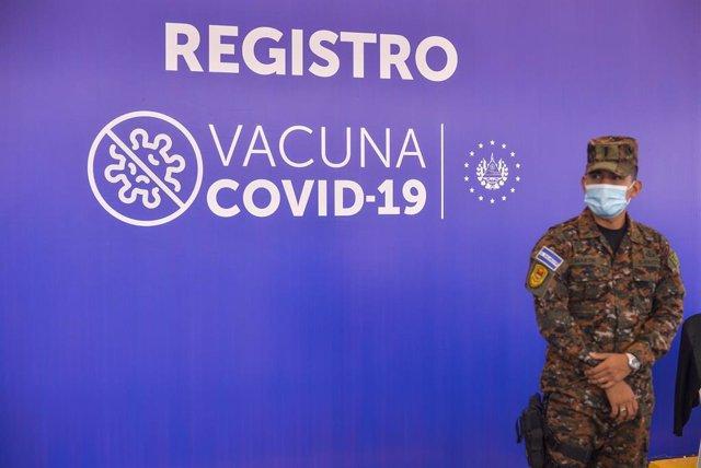 Vacunación contra el coronavirus en El Salvador