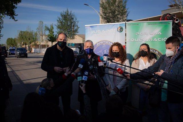 Declaracions del secretari regional de Jupol, Marcos Veiras, el portaveu de Jupol, Pablo Pérez, la secretària regional de Jucil, Milagros Cívic, i la secretària de Jucil María José Doménech.