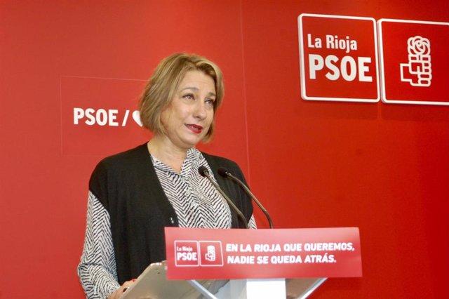 Archivo - La senadora del PSOE, María Victoria de Pablo, en comparecencia de prensa