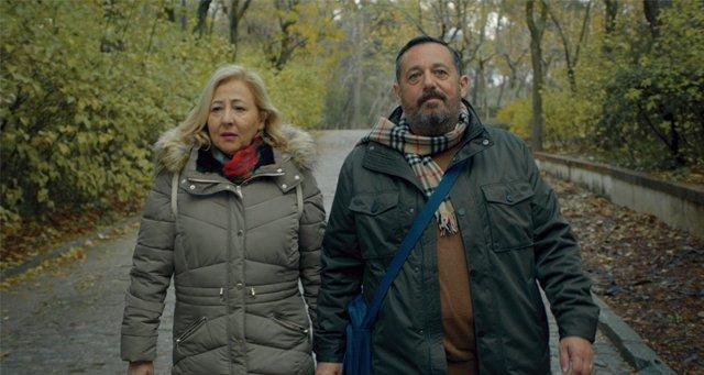 Frame del último largometraje de  Juan Cavestany , 'Un efecto óptico', con Pepón Nieto y Carmen Machi, como protagonistas