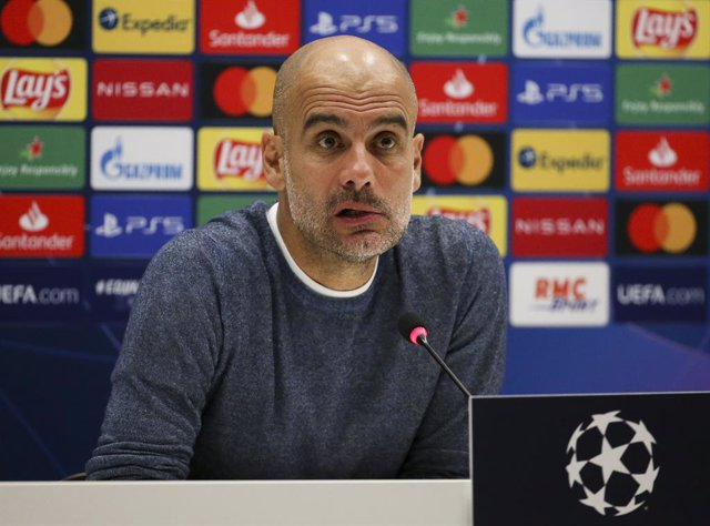 Archivo - Coach of Manchester City Pep Guardiola answers to the media during the post-match press conference following the UEFA Champions League, Group Stage, Group C football match between Olympique de Marseille and Manchester City on October 27, 2020 at