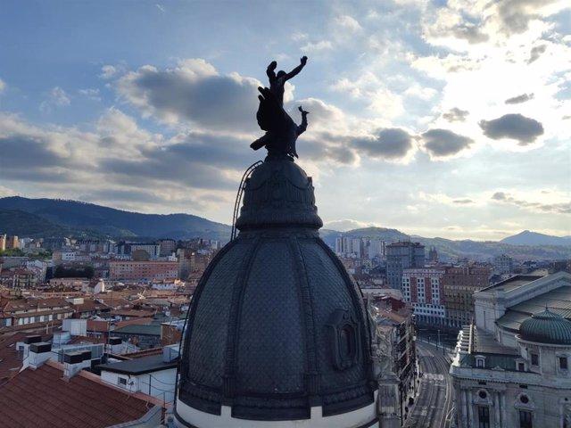 Nubes sobre Bilbao.