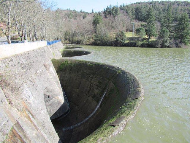 Pantano de Ordunte, propiedad del Ayuntamiento de Bilbao