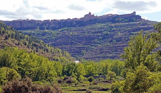 El municipio turolense de Cantavieja contará con una tirolina que irá desde la localidad hasta el área recreativa del Rebollar.