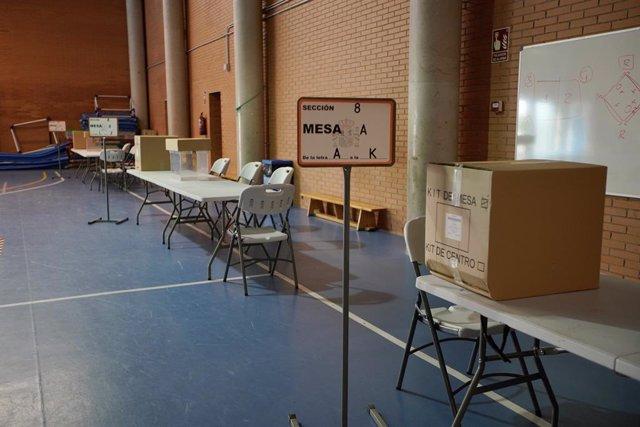 Arxiu - Mesa electoral.