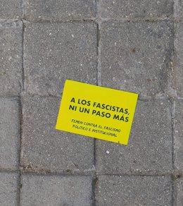 Pamflet que han llançat les activistes de Femen al col·legi electoral on vota Rocío Monasterio.