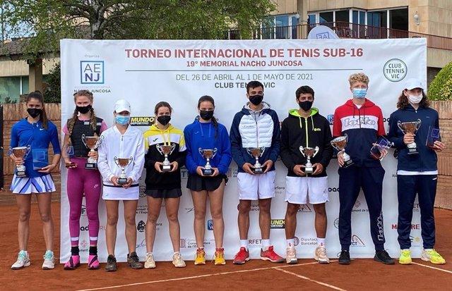 Ganadores y finalistas individual y dobles