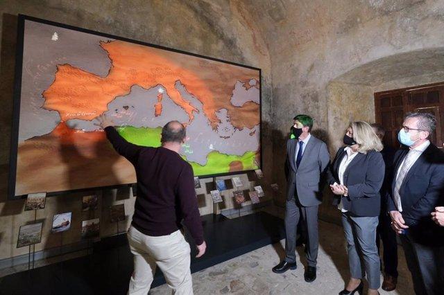 Turismo convoca ayudas por valor de seis millones de euros para fomentar la digitalización turística de los municipios.