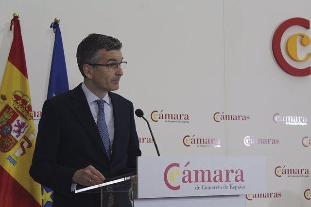 John Rutherford, director de Relaciones Institucionales en BBVA, en la presentación de la Comisión de Asuntos Europeos de la Cámara de Comercio.