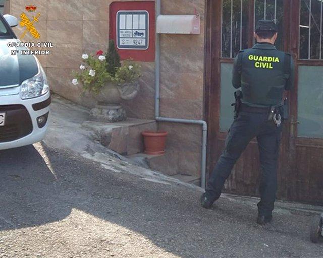 Inspección del establecimiento de Guriezo donde se cometió el robo