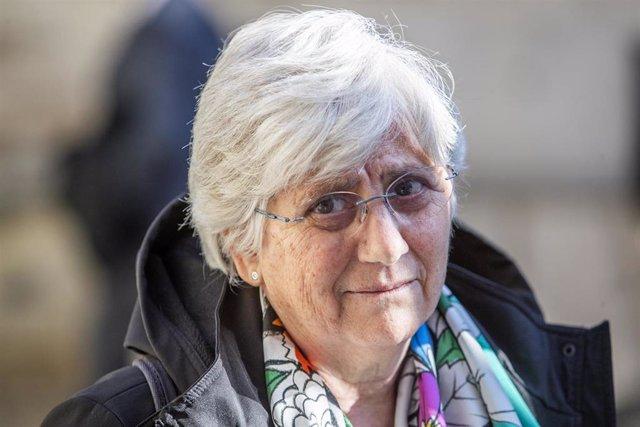Archivo - La ex consejera catalana Clara Ponsatí a su salida de un tribunal de Escocia