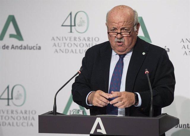 El consejero de Salud y Familias, Jesús Aguirre, durante su intervención en la rueda de prensa posterior a la reunión del Consejo de Gobierno de la Junta de Andalucía. En Sevilla (Andalucía, España), a 04 de mayo de 2021.