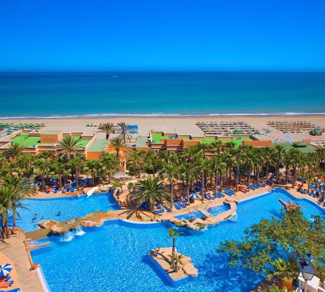 Archivo - Hotel Playacapricho, en Roquetas de Mar (Almería)
