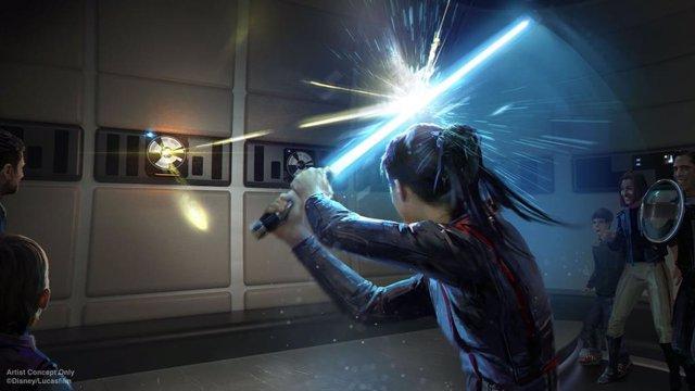 Entrenamiento con sable láser en la nueva experiencia Star Wars: Galactic Starcruiser