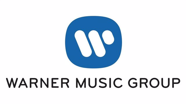 Archivo - Logo de Warner Music Group.