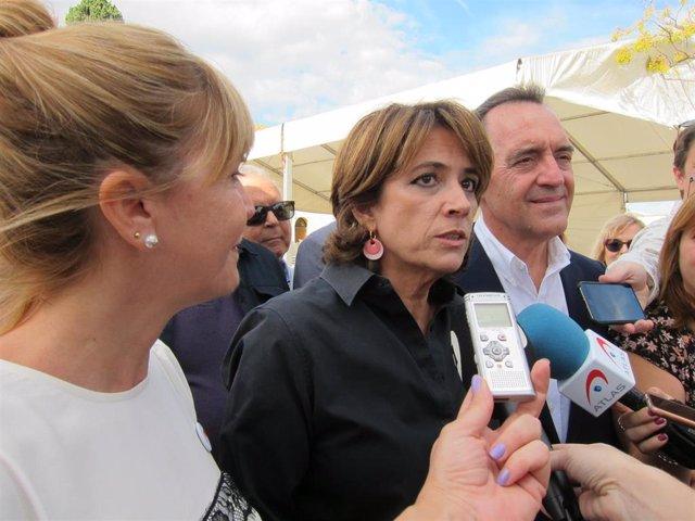 Archivo - Dolores Delgado en su visita a Castelló